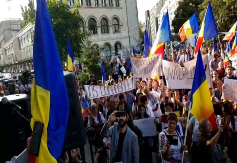 Imagini pentru protest